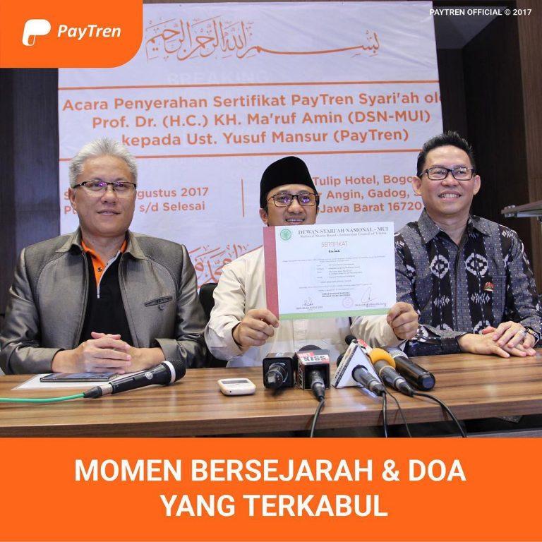 Penyerahan Sertifikat Syariah Oleh DSN MUI